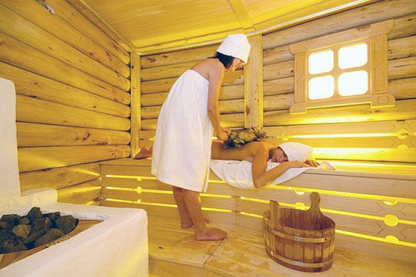 Русская баня: паримся с умом и с пользой для организма!