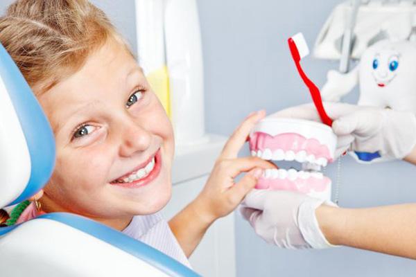 Как заботиться и сохранить детские зубы здоровыми?