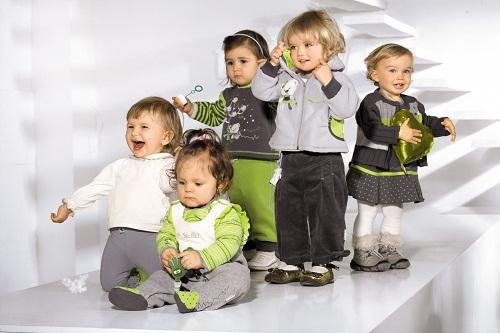 Такая разная детская одежда: уход и стирка.