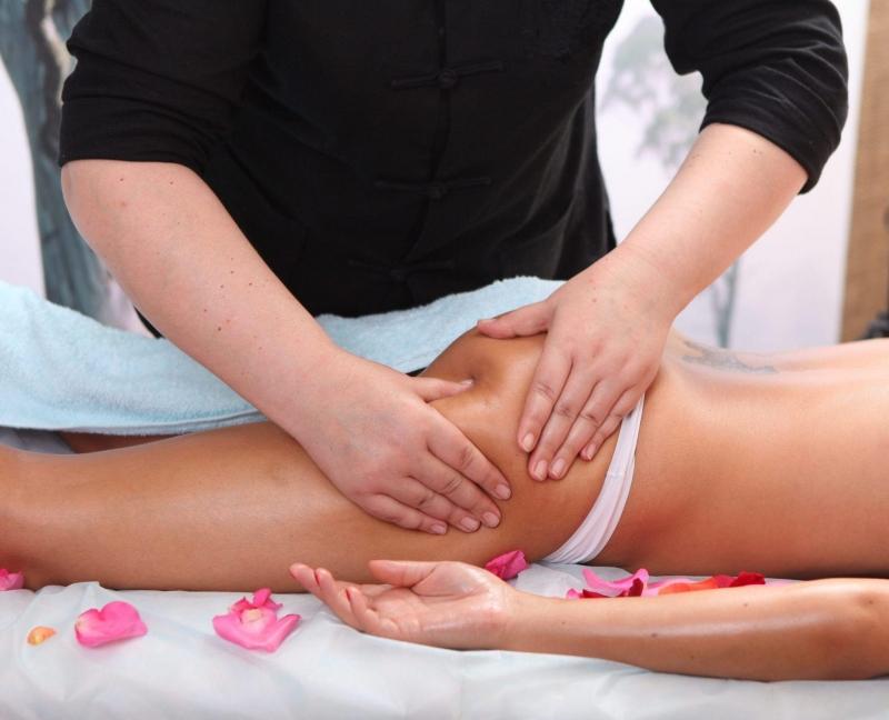 Антицеллюлитный массаж. Что это, как правильно выбрать мастера