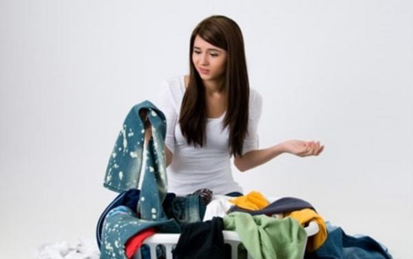 Выводим проблемные пятна с одежды