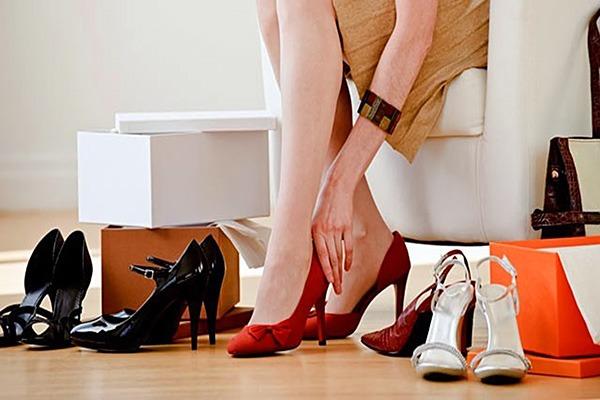 Как правильно выбирать и носить обувь на каблуке?